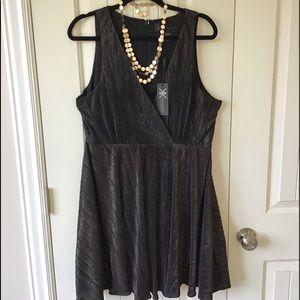🌟✨KARDASHIAN Gold Shimmer Party Dress Size XL